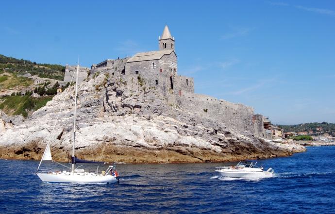 Rock Cliff Boat Costa Boats Sea Church Castle